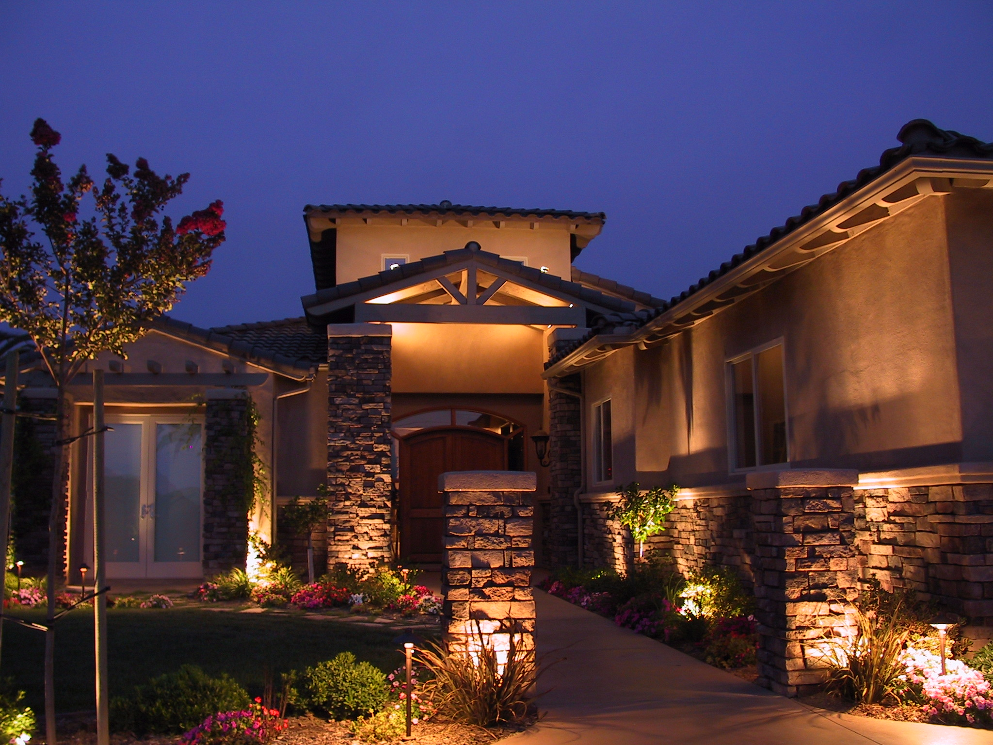 custom landscape lighting ideas. Custom Landscape Lighting In Omaha Ideas .